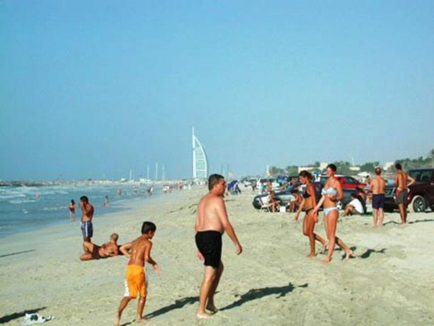 naked-beaches-of-dubai-nude-mature
