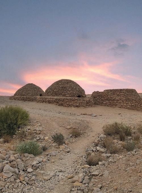Пустынный парк Джебель Хафит