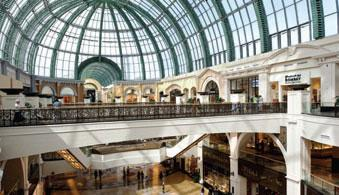 Mall of the Emirates: 10 лет!