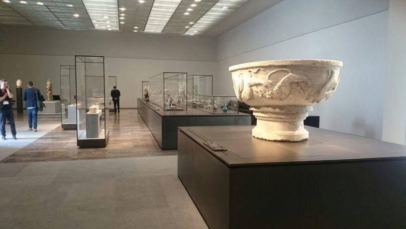 В столице Арабских Эмиратов открылся филиал Лувра (фото)
